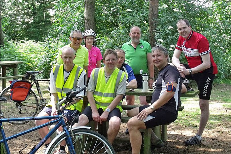 The Intrepid Six plus Janet and Tony at Hartshill Hayes Country Park